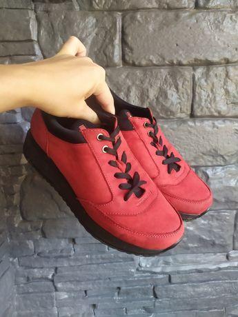 Женские кроссовки нубук 37 размер