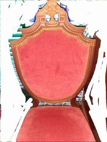 Cadeira estofada madeira antiga