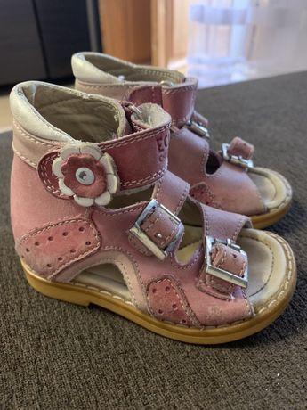 Продам ортопедическую детскую обувь Ecoby , ортопедические сандали