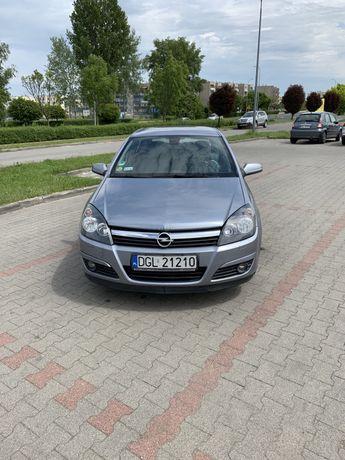 Opel Astra H 1.6, 2004r, 105KM benzyna