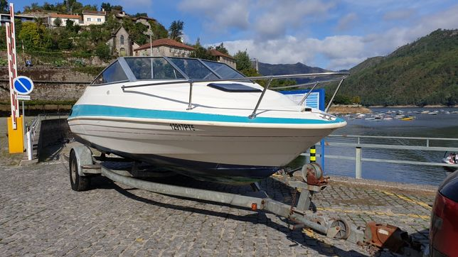 bayliner capri 4.5 205cv 8 lugares