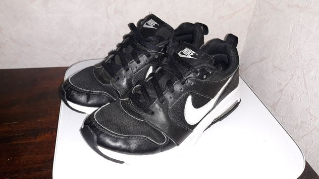 Кроссовки Nike Indonesia оригинал, качество, размер 35.5, стелька 22.5