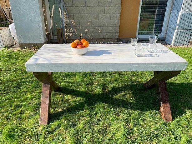 Stół na taras - od stolarza z Mazur, żelazne nogi i drewniany blat