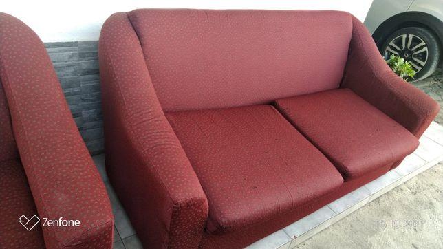 Conjunto de sofás: 2 pequenos+ 1 sofá-cama