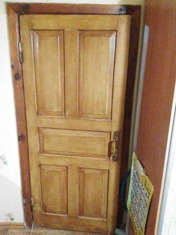 Дверь натуральное дерево 10000