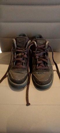 Buty chłopięce sneakersy Nike rozmiar 37.5