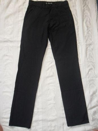 Продам мужские брюки,джинсы р. 34