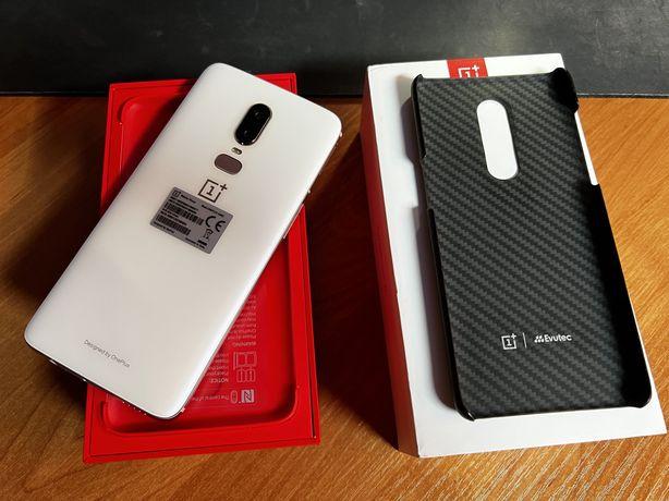 OnePlus 6 8/128 Silk White w idealnym stanie