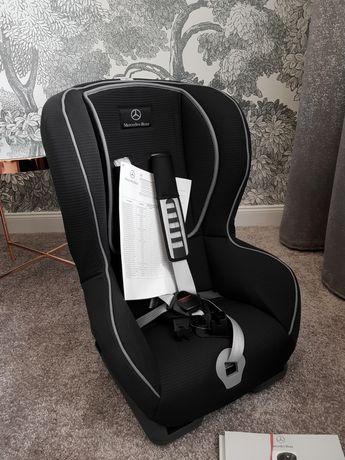 Fotelik samochodowy marki MERCEDES BENZ duo plus. 9-18 kg.