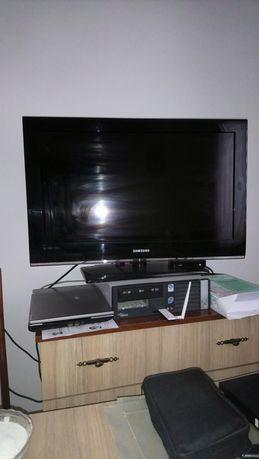 Telewizor Samsung LCD 32cale