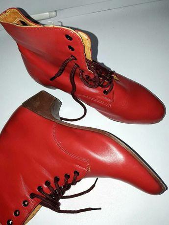 Кожаные ботиночки.