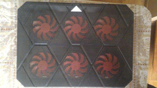 Охлаждающая подставка для ноутбука PcCooler PC-R6