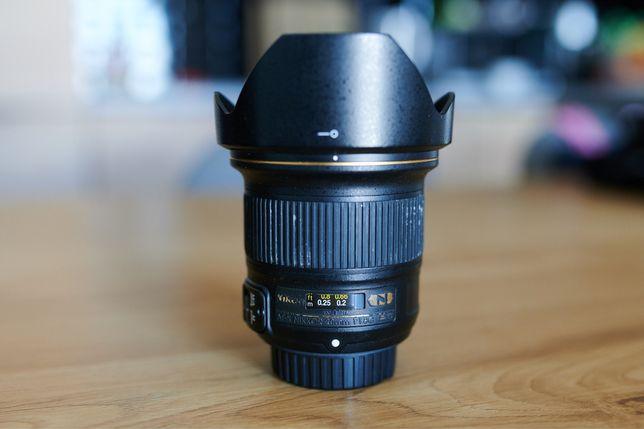 Obiektyw Nikon Nikkor 20mm f/1,8