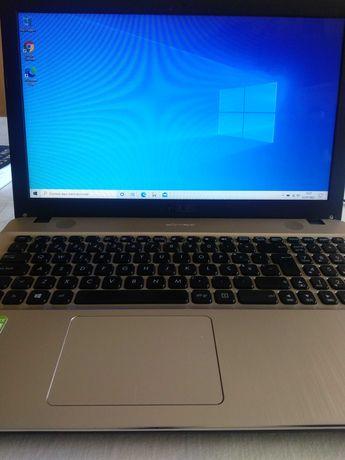 Portátil Asus R541U   I7, 240GB SSD, 8GB RAM, NVIDIA 920mx