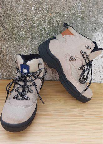 Ботинки трекинговые Lafuma  38 размер