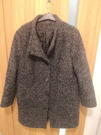 Ciepły zimowy płaszcz