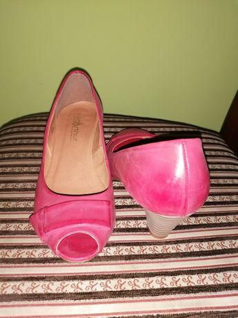 Skórzane szpilki półbuty pantofle czółenka 37 Jak nowe