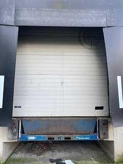 Brama garażowa przemysłowa elektryczna 3 m x 3,10 m Assa Abloy