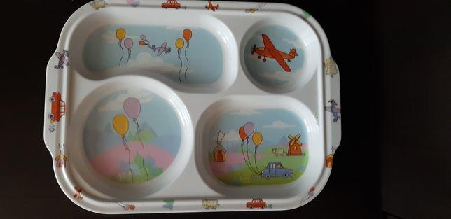 Детская тарелка с разделителями