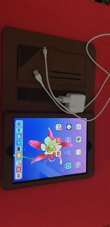 Продам Ipad Air 1 wifi+3g 16 gb в отличном состоянии.