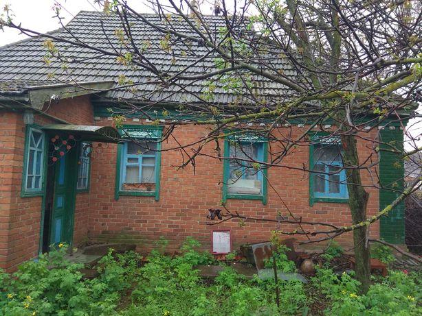 Продам будинок землю кирпич 50 соток