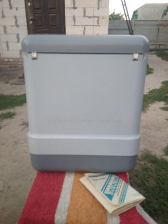 """Продам новий автомобільний холодильник """"холодок""""."""