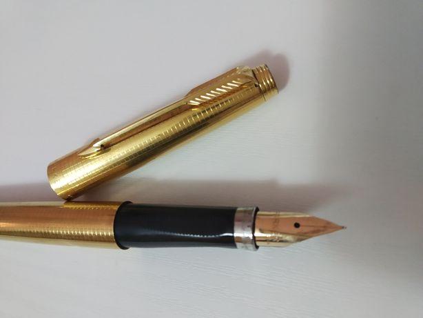 Caneta Parker 75 Dourada com aparo em ouro