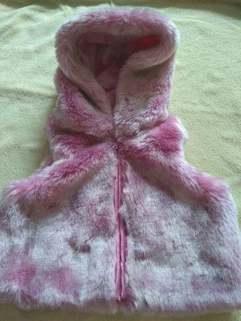 Kamizelka z futerka roz.3-6 miesięcy