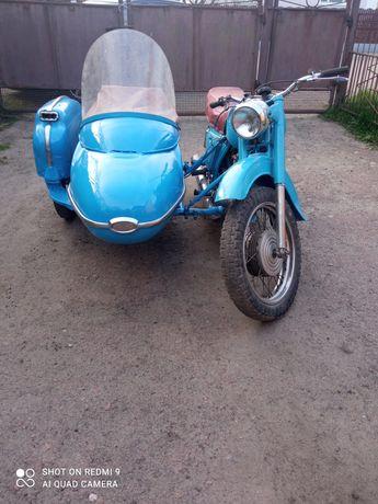 Мотоцикл Иж Планета 2.