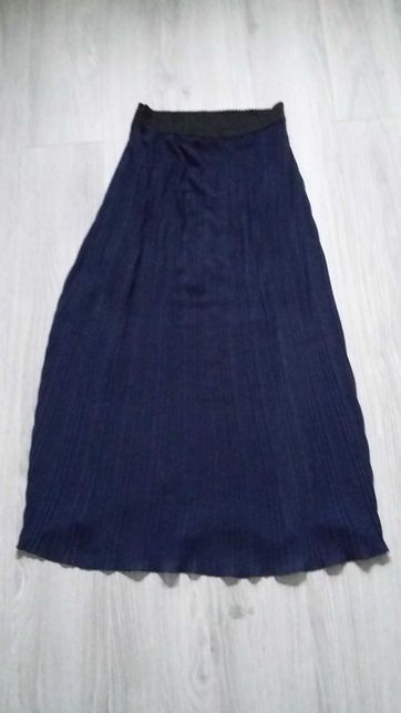 Dluga spódnica plisowana