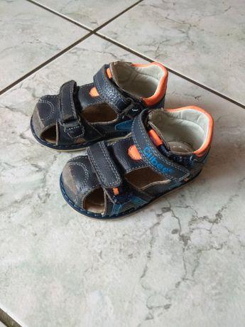Sandałki chłopięce Clibee roz. 21