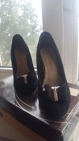 туфлі жіночі//туфли женские