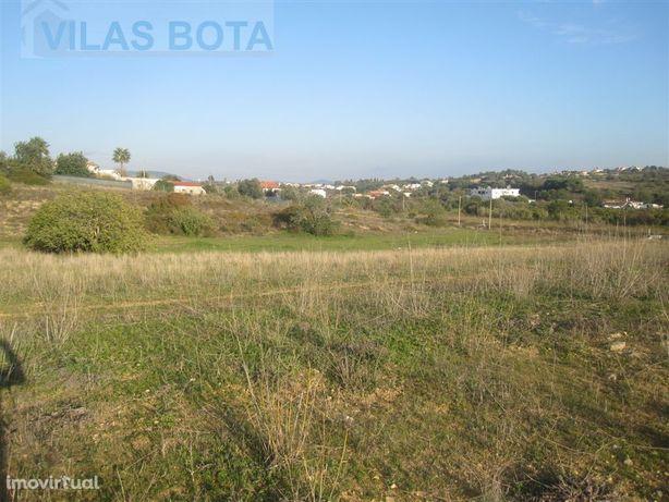 Terreno para venda – Algarve – Fonte Santa - Quarteira.