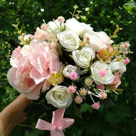 Эксклюзывный букет  для невесты из искусственных цветов .