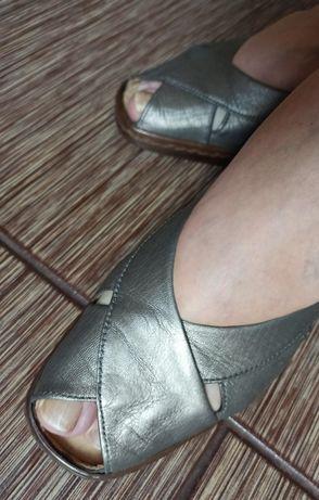 Продам туфли натуральная кожа,женские 35р-р