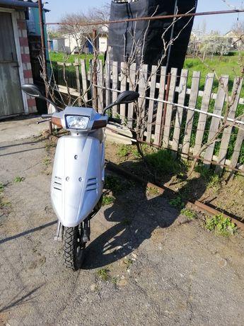 Продам мопед Suzuki Adress V50