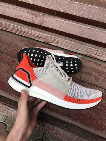 Кроссовки Adidas Ultra boost 19 air force revolution