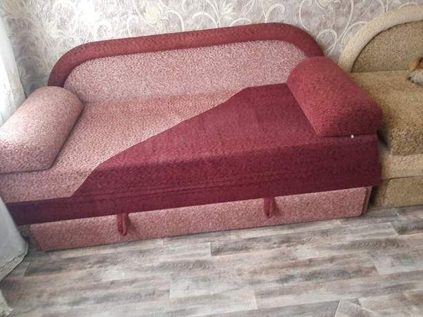 Продам диван удобный