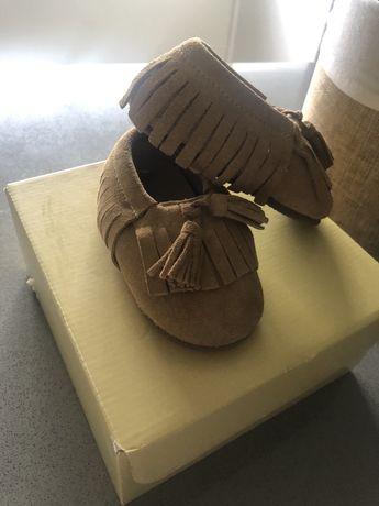 Sapatos de bebé meia pata