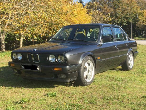 BMW E30 316i 4 portas