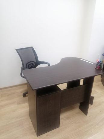 Стол компьютерный, офисный стол