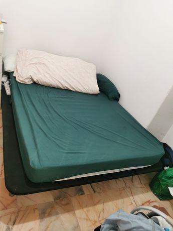 cama de casal e colchão
