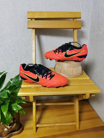 Бутсы копы Nike T90  42.5 размер Длина стельки 27см  Оригинал