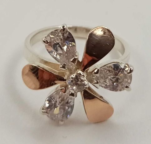 Женское кольцо Цветок Ювелирное изделие Серебро 925 Золото 375
