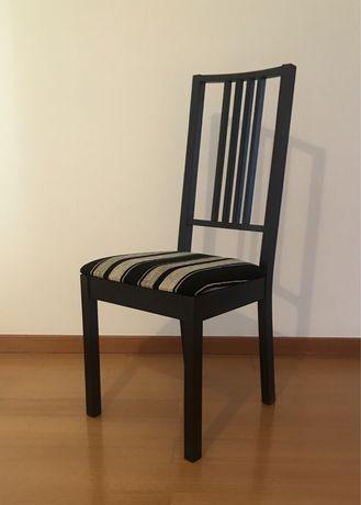 4 cadeiras ikea em castanho preto