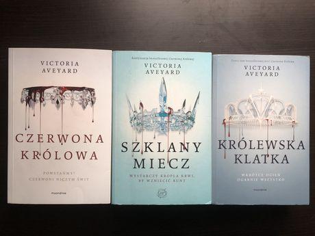 Czerwona Królowa - 3 książki z cyklu