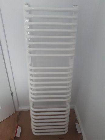 Grzejnik Łazienkowy Instal Projekt Bolero 120/40 roz. 35 cm