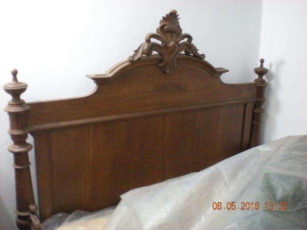 Mobilia de quarto antiga ano de 1850