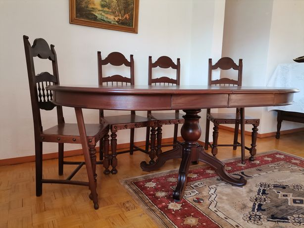 Mesa +6 cadeiras mogno