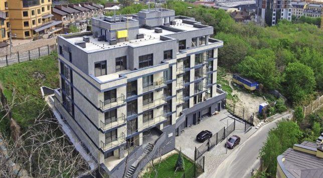 Видовая 2х-ком квартира 132 кв.м. с террасой в центре Киева!